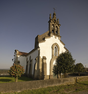 Parish church of Sta. María de Budiño